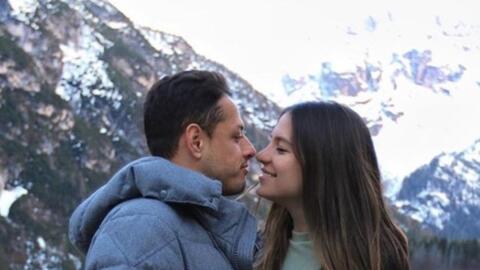 Chicharito no entrenó por problema de salud y presumió viaje a Italia