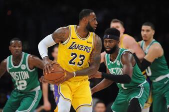 Carrusel NBA: los Lakers siguen en caída libre, mientras los Bucks siguen firmes