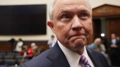 """""""No recuerdo"""" y otras claves del día que Sessions recuperó parcialmente la memoria sobre el 'Rusiagate'"""
