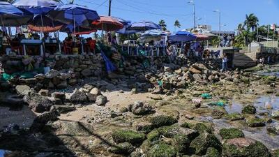 Fotos: El mar de las playas mexicanas de Acapulco se aleja varios metros