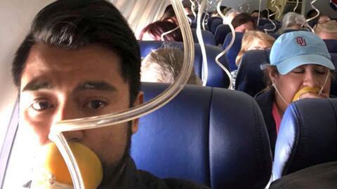 Tras accidente en avión de Southwest: errores que pueden ser fatales de pasajeros durante emergencias aéreas
