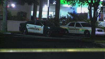 Un tiroteo deja al menos a una persona muerta en Hallandale Beach y la policía investiga