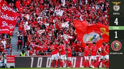 Benfica golea y es Campeón en Portugal