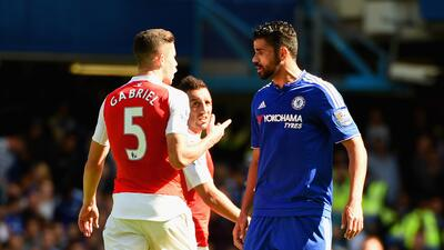 FA acusa a Diego Costa de conducta violenta ante el Arsenal