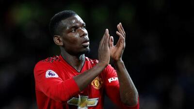 El entrenador del Manchester United niega haber recibido ofertas por Paul Pogba