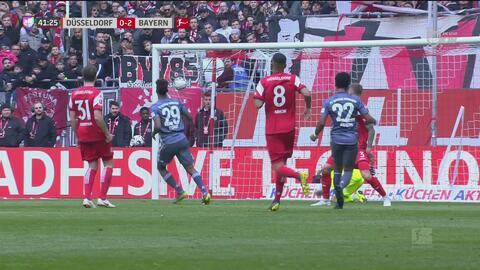¡Doblete de Coman! Triangulación perfecta del Bayern, mala 'Fortuna' para el Düsseldorf