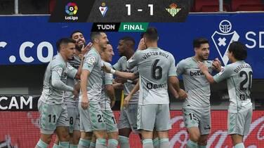 ¡Combinación mexicana! Pase de Lainez y gol de Guardado a Eibar