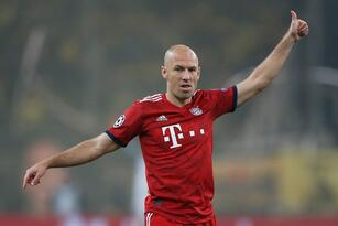 Soccer Football - Champions League - Group Stage - Group E - AEK Athens v Bayern Munich - OAKA Spiros Louis, Athens, Greece - October 23, 2018 Bayern Munich's Arjen Robben gestures REUTERS/Costas Baltas