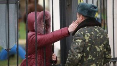 Obama anuncia más sanciones a altos funcionarios rusos por anexión de Crimea