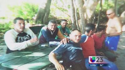 Llegan seis cubanos a Virginia Key