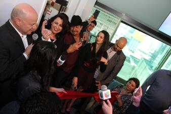El Bueno, La Mala y El Feo inagurarón el Uforia Lounge y los nuevos estudios de La Que Buena 105.1 FM