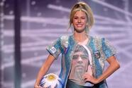 Maradona fue homenajeado por modelo en Miss Universo