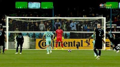 Felipe Gutiérrez marca el gol de la honra desde el manchón penal, San Jose 4-1 Sporting KC