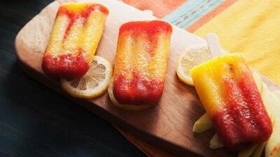 Paletas de mango con chamoy