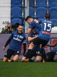 Atalanta sorprende a la Juventus y se impone 1-0 en la J31 de la Serie A. Ya casi al final del partido, 'La Dea' consiguió la victoria gracias a la anotación de Ruslan Malinovskyi al minuto 87 del encuentro. Los de la 'Vecchia Signora' peligran su participación en la UEFA Champions League.