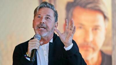 """""""Me han superado"""": Ricardo Montaner sobre sus hijos, junto a quienes cantará en Premio Lo Nuestro"""