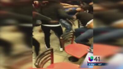 Adolescente involucrada en la golpiza bajo custodia