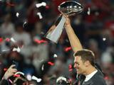 Llueven las felicitaciones para Tom Brady tras lograr la hazaña