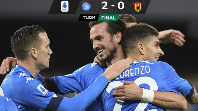 Napoli derrota al Benevento y se acerca a zona europea