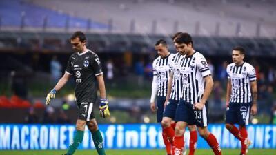 Cancelan el partido entre los Rayados y Club León en San Antonio por malas condiciones del terreno de juego