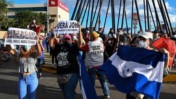 Festejos en las calles de Honduras por la condena del hermano del presidente Juan Orlando Hernández