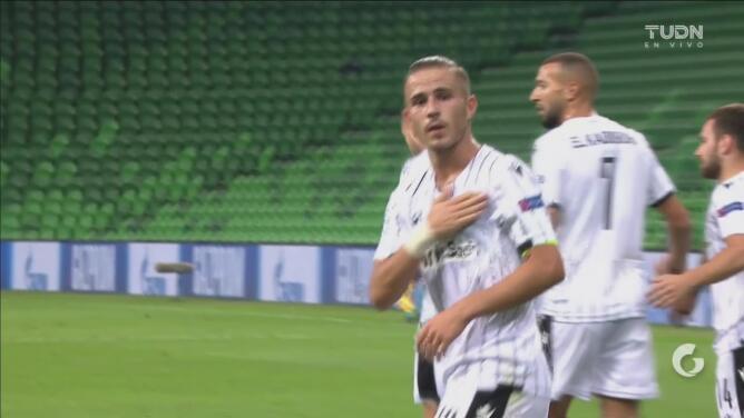¡Define de tres dedos! Dimitris Pelkas hace el 0-1 ante el Krasnodar