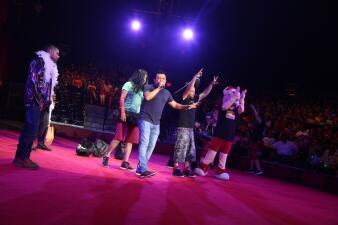 """El Show de Raul Brindis en el circo en San Antonio """"Ranch"""""""