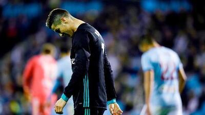 Real Madrid empata y se aleja más del título