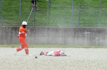 El escalofriante accidente que sufrió un motociclista en entrenamiento de Moto GP