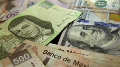 Pesos Mexicanos Y Dólares Crédito Susana Gonzalez Bloomberg Vía Getty Images