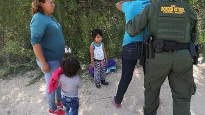 ¿Qué pasará con los más de 2,000 niños que ya fueron separados de sus familias en la frontera?
