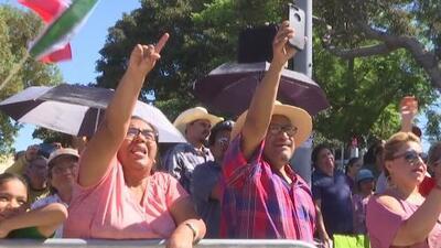 Mexicanos en Los Ángeles disfrutan de las festividades por los 208 años de Independencia de su país
