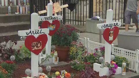 Familiares y amigos realizan vigilia en memoria de los 10 menores que murieron en un incendio en Chicago