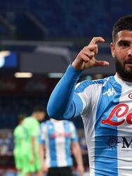 Napoli golea a la Lazio con marcador de 5-2 durante la fecha 32 de la Serie A. Una lluvia de goles cayó en el Estadio Diego Armando Mardona, pues Lorenzo Insigne anotó doblete, mientras que Politano, Mertens y Osimhen se fueron con una anotación para los locales. Por parte de los 'blanquicelestes' descontaron Ciro Immobile y Sergej Milinkovic-Sajiv.