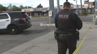 Un sospechoso de robo y homicidio en una licorería en Van Nuys muere en medio de un tiroteo