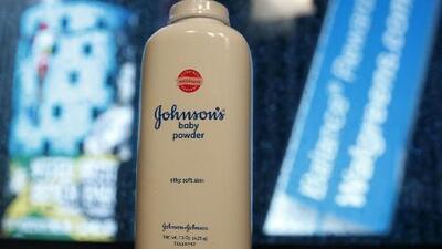 Johnson & Johnson pagará millonaria multa por casos de cáncer asociados a sus talcos