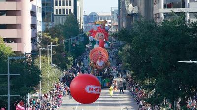 Todo listo para el desfile del día de Acción de Gracias en el centro de la ciudad
