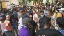 ¿Quiénes son los que protestaron en la calle Obispo, en La Habana, para exigir que les dejaran ver a Luis Manuel Otero?