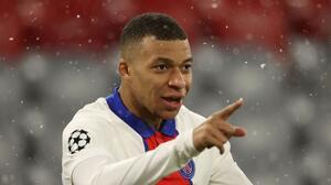 El Paris Saint-Germain presiona a Mbappé para que renueve