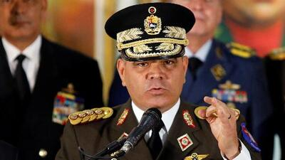 """Altos mandos militares de Venezuela respaldan a Maduro y denuncian un supuesto """"golpe de Estado"""""""