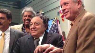 José Sulaimán recibió las llaves de la Ciudad de Miami