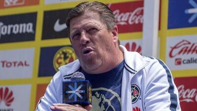 El 'Piojo' Herrera no come de favoritismos y pide concentración