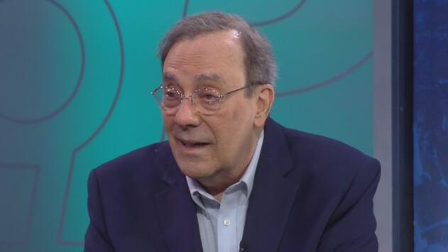 El escritor Carlos Alberto Montaner habla sobre lo que relata en su libro 'Sin ir más lejos'