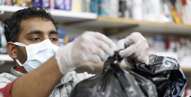 Las bolsas de plástico están prohíbidas nuevamente en las tiendas de California