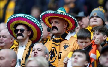Los fanáticos del Wolverhampton invadieron de atuendos mexicanos la Semifinal de la FA Cup