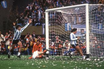Historia de Mundiales: Kempes, el 'Matador' que protagonizó el título de Argentina en el 78