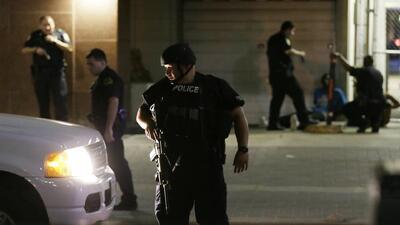Un tiroteo en Dallas deja cinco oficiales muertos