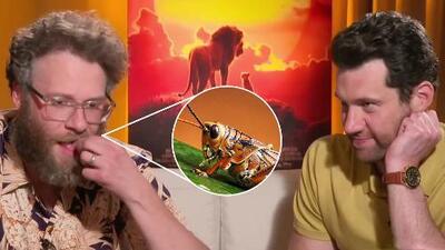 Le dimos a probar insectos a los actores que interpretan a Timon y Pumbaa en 'The Lion King', ¿les gustaron?