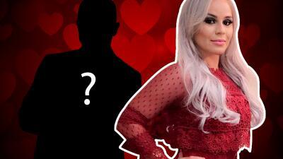 Claudia Galván confirma a sus seguidores que sí tiene novio