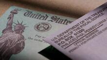 IRS comienza a enviar una nueva ronda de cheques de estímulo: así puedes revisar si te llegarán $1,400
